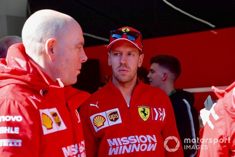 Jock Clear, Ferrari Chief Engineer and Sebastian Vettel, Ferrari