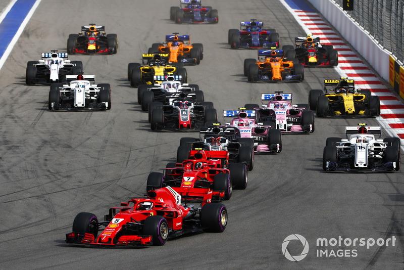Vettel no puede con los Mercedes pero se mantiene por delante del resto