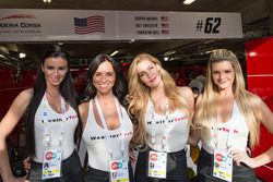 Chicas WeatherTech