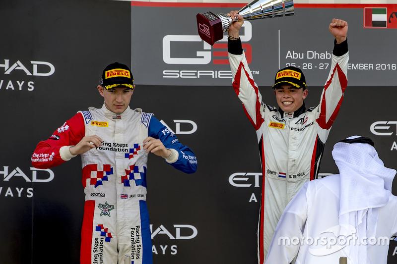 Nyck de Vries, twee overwinningen in GP3