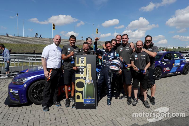Polesitter Gianni Morbidelli, West Coast Racing, Volkswagen Golf GTi TCR