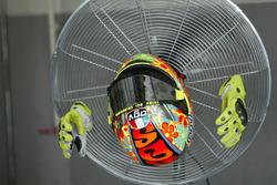 Helmet and gloves of Valentino Rossi, Yamaha MotoGP Team