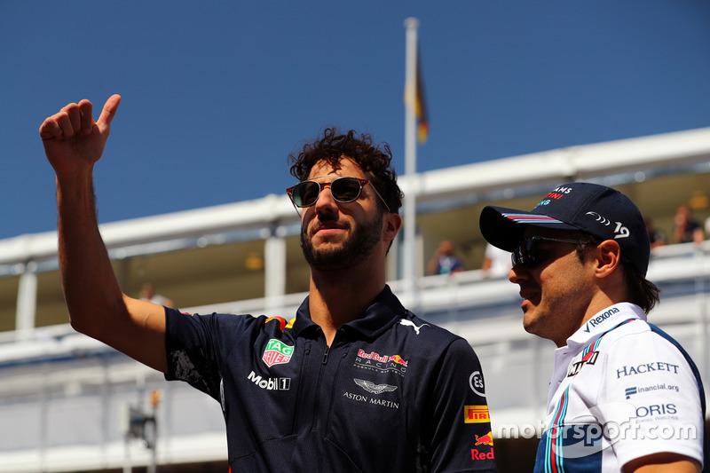 Феліпе Масса, Williams, Даніель Ріккардо, Red Bull Racing, на параді пілотів