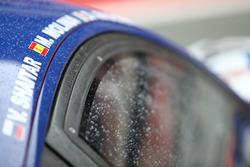 Gocce di pioggia sulle vetture