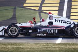 Yarış galibi Helio Castroneves, Team Penske Chevrolet