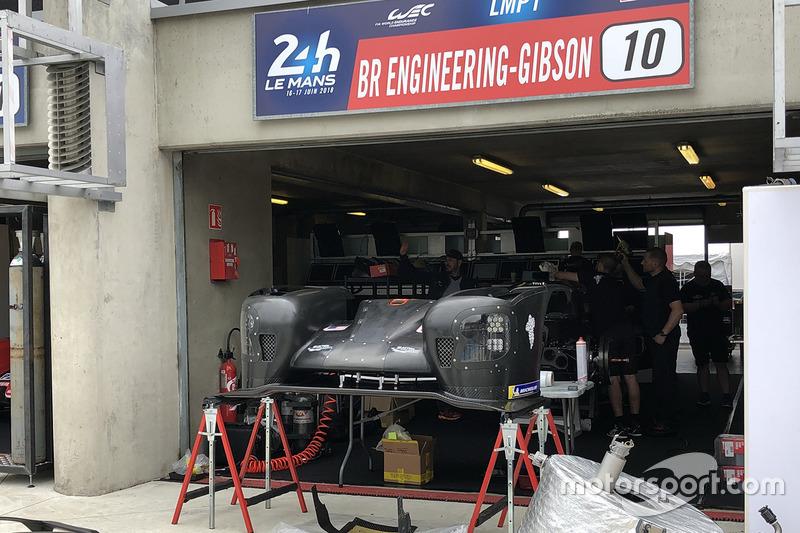 #10 Dragonspeed BR Engineering BR1: Енрік Едман, Бен Хенлі, Ренгер ван дер Занде