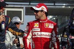Jaime Alguersuari, Toro Rosso STR5 Ferrari, en Felipe Massa, Ferrari F10