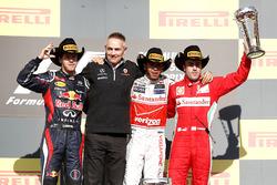 Podium: second place Sebastian Vettel, Red Bull Racing, Martin Whitmarsh, Team Principal, McLaren, race winner Lewis Hamilton, McLaren, third place Fernando Alonso, Ferrari