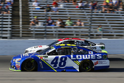 Jimmie Johnson, Hendrick Motorsports Chevrolet, Erik Jones, Furniture Row Racing Toyota