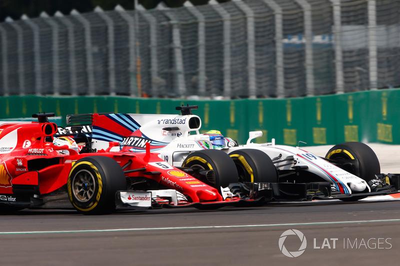 Sebastian Vettel, Ferrari SF70H, Felipe Massa, Williams FW40