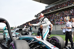 Lewis Hamilton, Mercedes-AMG F1 W09 EQ Power+ op de grid