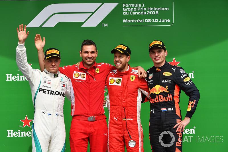 (L to R): Valtteri Bottas, Mercedes-AMG F1, Sebastian Vettel, Ferrari and Max Verstappen, Red Bull R