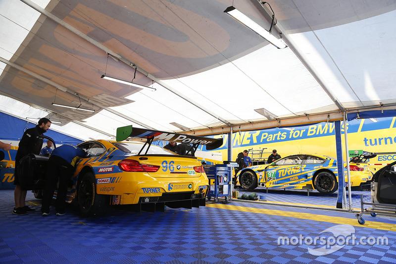#96 Turner Motorsport, BMW M6 GT3: Bret Curtis, Jens Klingmann, Ashley Freiberg, #97 Turner Motorsport BMW M6 GT3: Michael Marsal, Markus Palttala, Cameron Lawrence