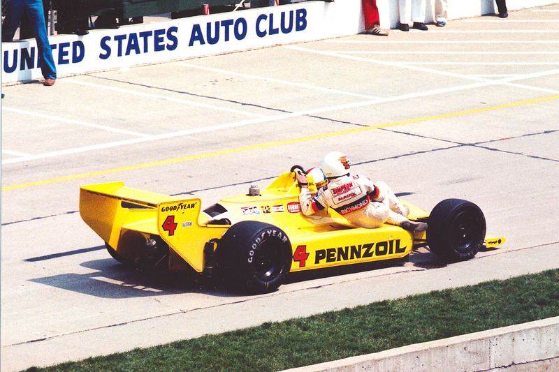 Johnny Rutherford con Tim Richmond