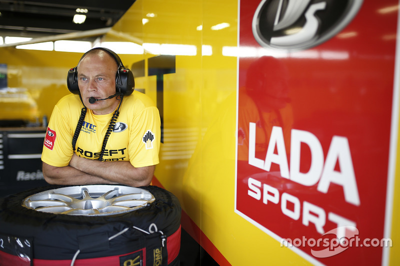 Viktor Shapovalov, Takım patronu Lada Sport Rosneft