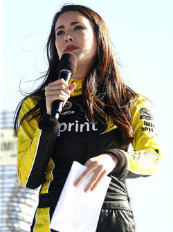 Miss Sprint Cup Julianna at the Starting lineup draw