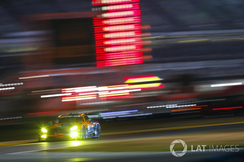 #75 SunEnergy1 Racing Mercedes AMG GT3, GTD: Мікаел Греньє, Кенні Хабул, Томас Ягер, Маро Енгель