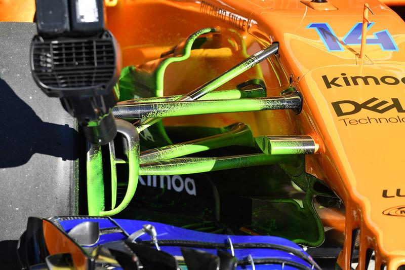 Деталь передней подвески McLaren MCL33 в аэродинамической краске