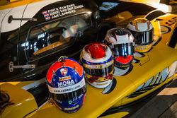 Les casques de Frits van Eerd, Giedo van der Garde, Jan Lammers et Nyck de Vries, Racing Team Nederland