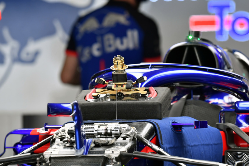 Scuderia Toro Rosso STR13 steering wheel detail
