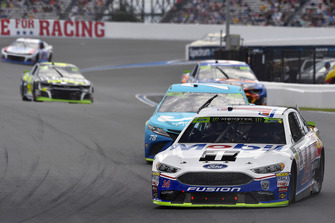 Clint Bowyer, Stewart-Haas Racing, Ford Fusion Mobil 1/Advance Auto Parts