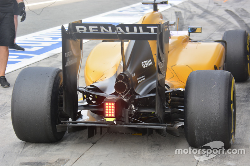 Renault Sport F1 Team RS16, posteriore