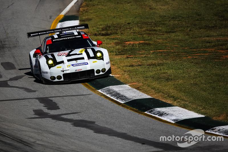 #912 Porsche Team North America, Porsche 911 RSR: Earl Bamber, Frédéric Makowiecki, Michael Christen