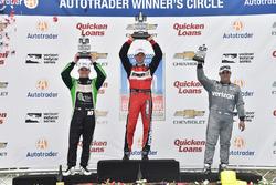 Podium: Sieger Sébastien Bourdais, KV Racing Technology, Chevrolet, 2. Conor Daly, Dale Coyne Racing