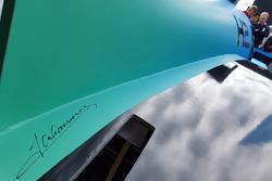 Handtekening van ambassadeur Jan Lammers, onthulling racewagen op waterstof van de TU Delft