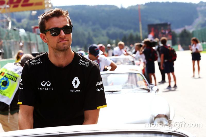 Jolyon Palmer, Renault Sport F1 Team nella sfilata dei piloti