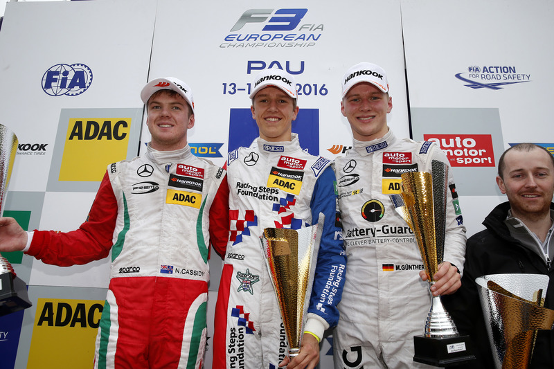 Подиум: второе место - Ник Кэссиди, Prema Powerteam Dallara F312 – Mercedes-Benz; победитель - Бен Барникот, HitechGP Dallara F312 – Mercedes-Benz; третье место - Максимилиан Гюнтер, Prema Powerteam Dallara F312 – Mercedes-Benz