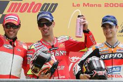 Podium: race winner Marco Melandri, Fortuna Honda, second place Loris Capirossi, Ducati Team, third place Dani Pedrosa, Repsol Honda Team