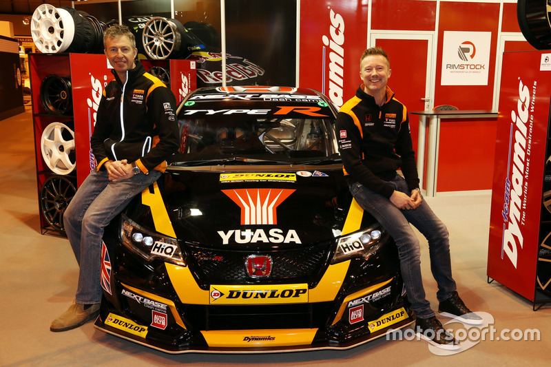 Gordon Shedden y Matt Neal, Team Dynamics