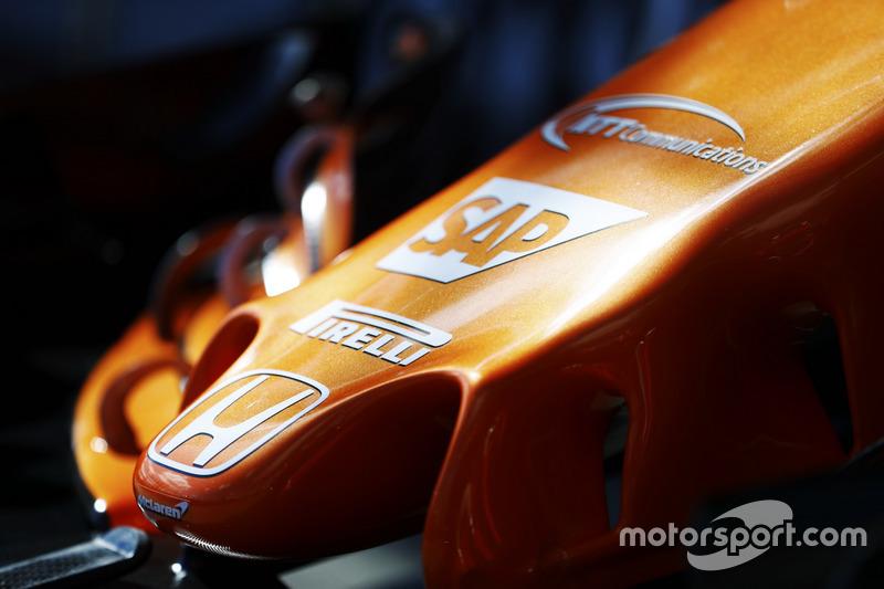 Logo de Honda en el McLaren MCL32