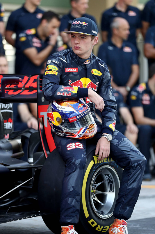 Max Verstappen, Red Bull Racing lors d'une photo d'équipe