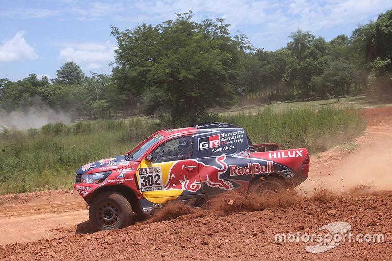 #302 Toyota Gazoo Racing Toyota: Giniel de Villiers, Dirk von Zitzewitz