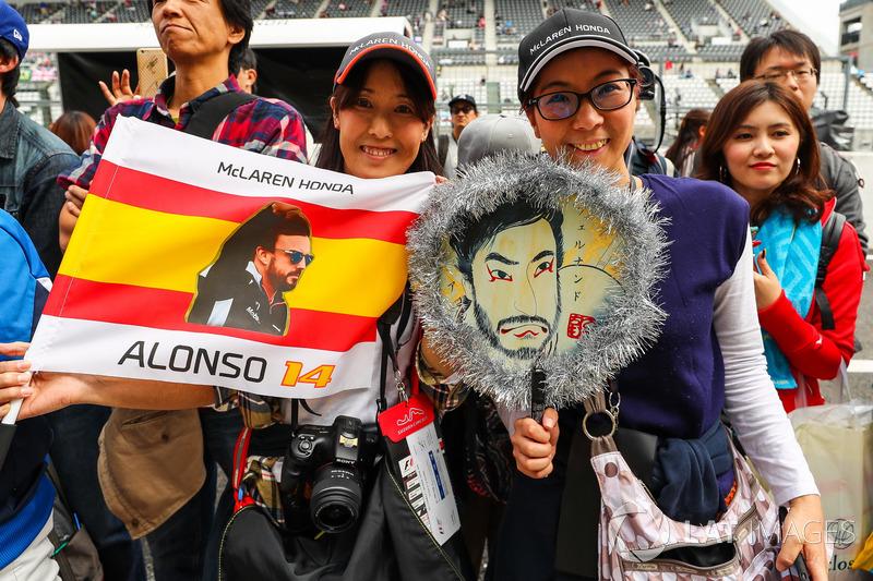 Fernando Alonso, McLaren fans
