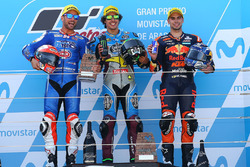 Le podium, avec le vainqueur, Franco Morbidelli, Marc VDS, le deuxième, Mattia Pasini, Italtrans Racing Team, et le troisième, Miguel Oliveira, Red Bull KTM Ajo