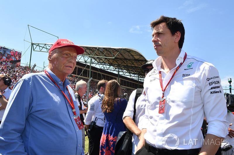 Niki Lauda, Mercedes AMG F1 W08 Presidente no ejecutivo y Toto Wolff, Mercedes AMG F1 W08 Director de Motorsport
