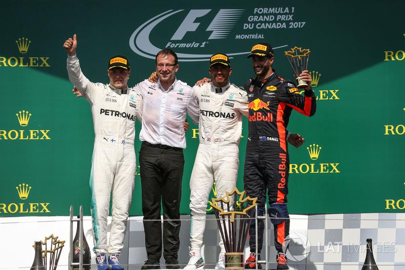 Podium: 1. Lewis Hamilton, Mercedes AMG F1, 2. Valtteri Bottas, Mercedes AMG F1, 3. Daniel Ricciardo, Red Bull Racing, Loic Serra, Mercedes AMG F1