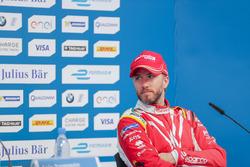 Nick Heidfeld, Mahindra Racing, en la conferencia de prensa