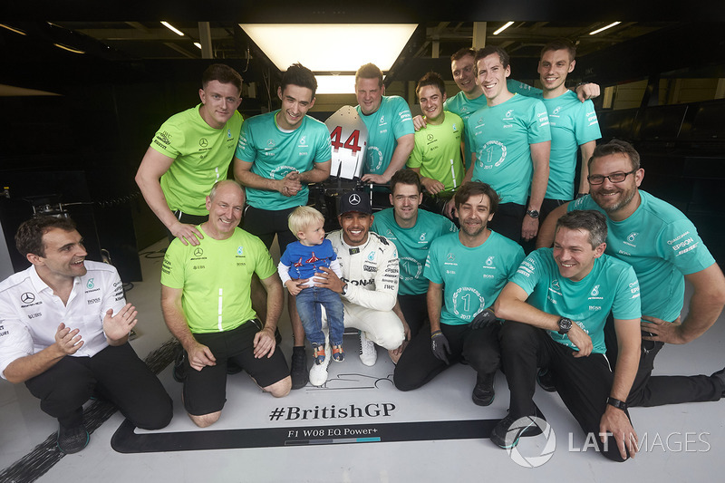 Race winner Lewis Hamilton, Mercedes AMG F1, celebrates with his team after winning the race