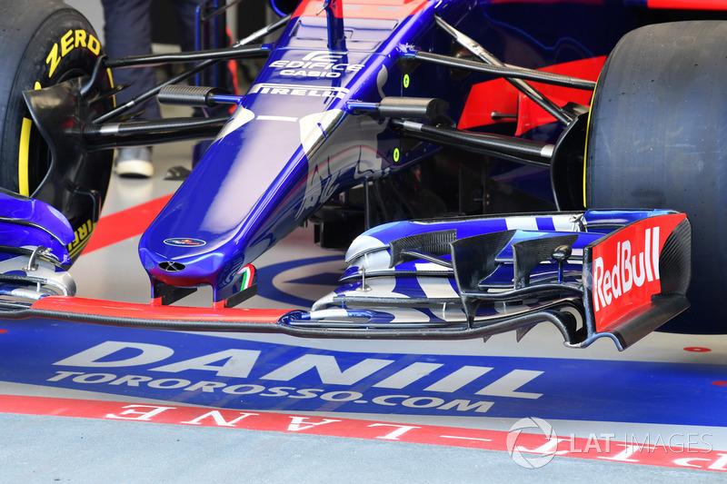 Scuderia Toro Rosso STR12, Frontflügel, Detail