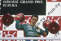 Podio: el ganador de la carrera, Alessandro Nannini, Benetton