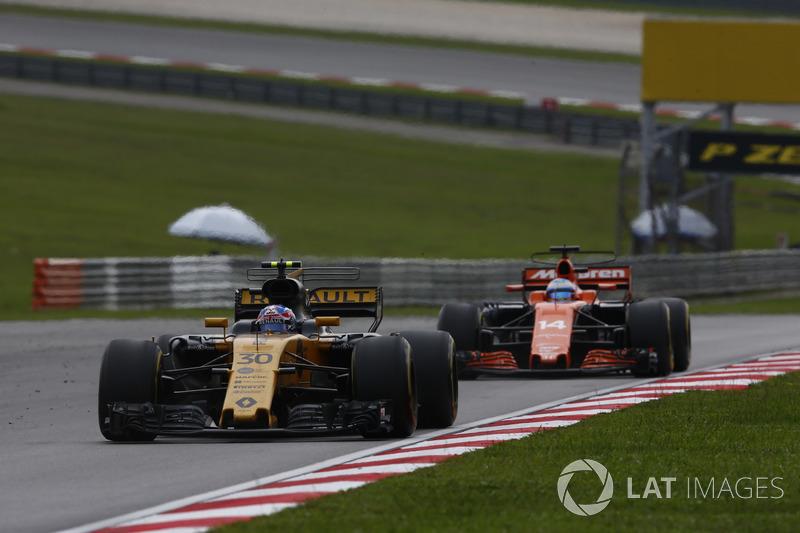 Ніко Хюлькенберг, Renault Sport F1 Team RS17, Фернандо Алонсо, McLaren MCL32
