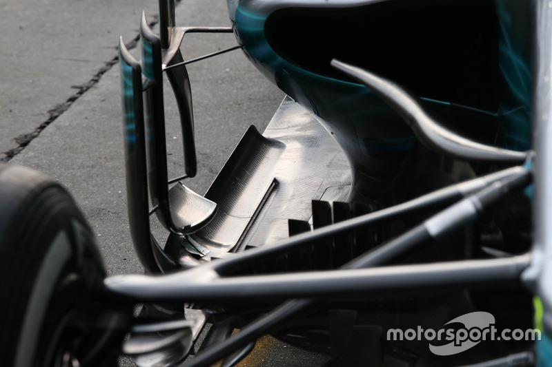 Mercedes AMG F1 W08 floor detail