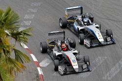 Nikita Mazepin, Hitech Grand Prix, Dallara F317 - Mercedes-Benz, Ralf Aron, Hitech Grand Prix, Dallara F317 - Mercedes-Benz