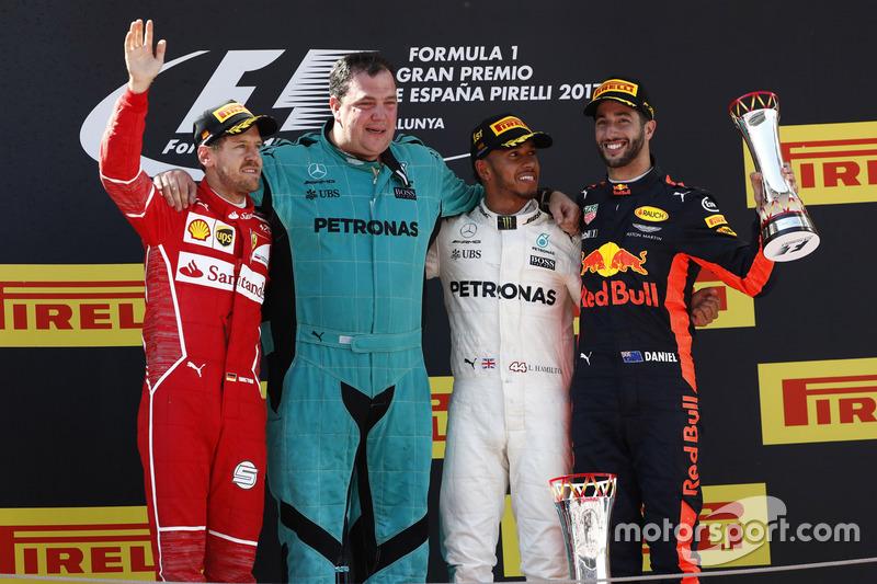 İspanya GP, Podyum: Yarış galibi Lewis Hamilton, Mercedes AMG F1, 2. Sebastian Vettel, Ferrari, 3. Daniel Ricciardo, Red Bull Racing