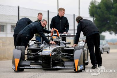 Test di Bono Huis con la Faraday Future Dragon Racing