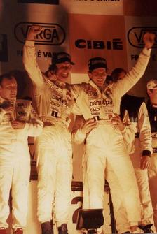 Christian Fittipaldi ao lado de Wilson Fittipaldi nas Mil Milhas